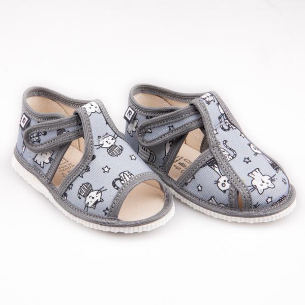 Šedé papuče s mačkami a s uzavretou špicou - Prezuvky.sk 0cb7cbd5ab