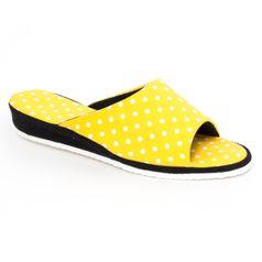9c30fc593134 Dámske papuče žlté bodky