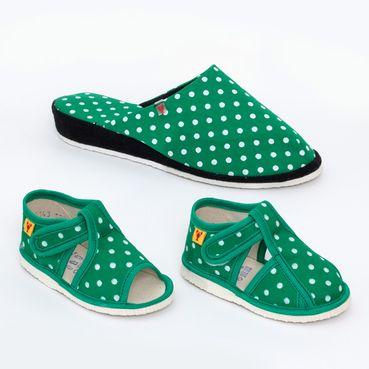 Rodinné balenie - dámske a detské papuče zelené bodky