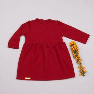 Šaty tmavo červené riasené GOTS - zateplené